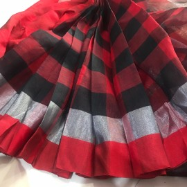 Red and black checks linen by linen