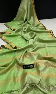 Green tissue linen