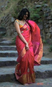 Red with Pink Uppada Pattu big border saree